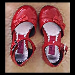 Other - 🎁Red dress shoes size 5 toddler